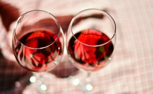 6 curiosidades sobre vinho tinto suave