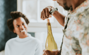 Como armazenar o vinho depois de aberto?