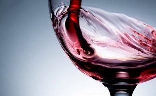 Saiba o que é respiração do vinho e por que ela é importante