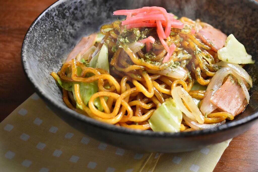 yakisoba-comida-japonesa