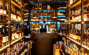 Como comprar vinhos: Dicas para as lojas físicas e virtuais